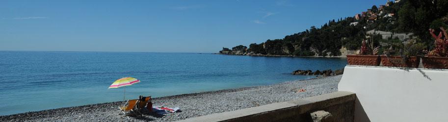 Casa vacanze sul mare in liguria riviera dei fiori for Appartamenti pescoluse sul mare